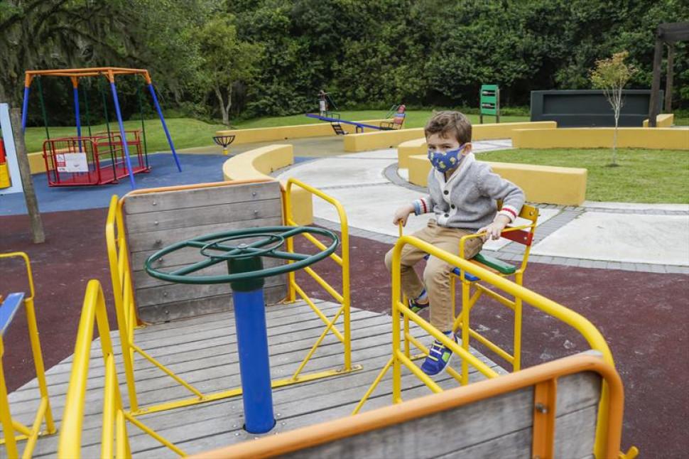 Parquinho inclusivo para crianças é inaugurado nesta sexta-feira (08) no Parque Barigui, em Curitiba